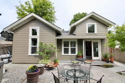 Backyard Cottage 04