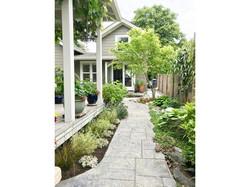 Backyard Cottage 02