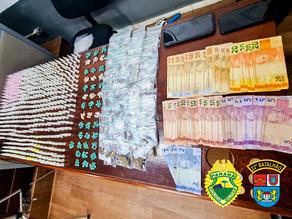 Dupla é detida e grande quantidade de drogas é apreendida em Colombo