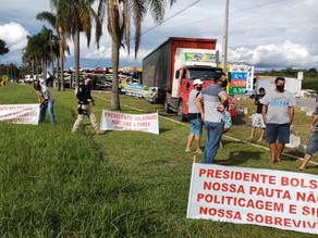 Caminhoneiros iniciam greve no Paraná