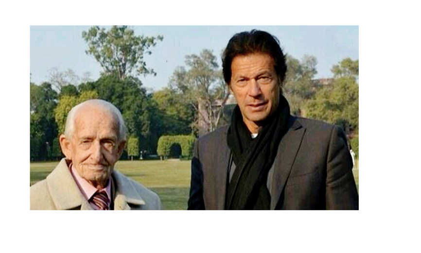 Geoffrey Langlands with Prime Minister Imran Khan.