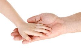 engendrez-donner-la-main-à-un-enfant-d-isolement-au-dessus-du-blanc-29771211
