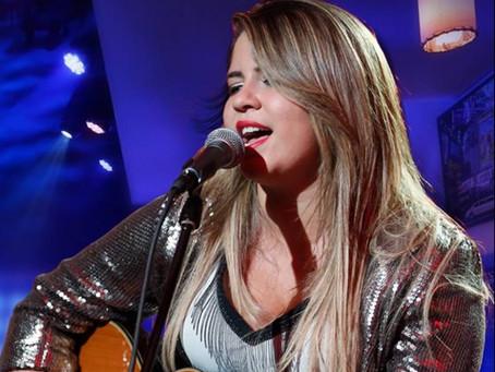 Marília Mendonça se torna a artista mais ouvida no BR