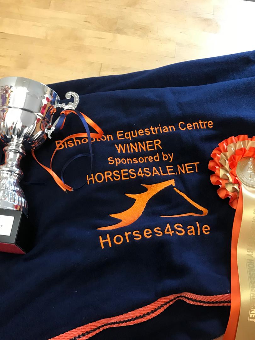 winners prizes 087.JPG