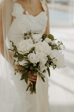 white bridal bouquet with peony.jpg