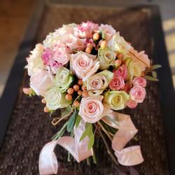shades of pink roses bridal.jpg