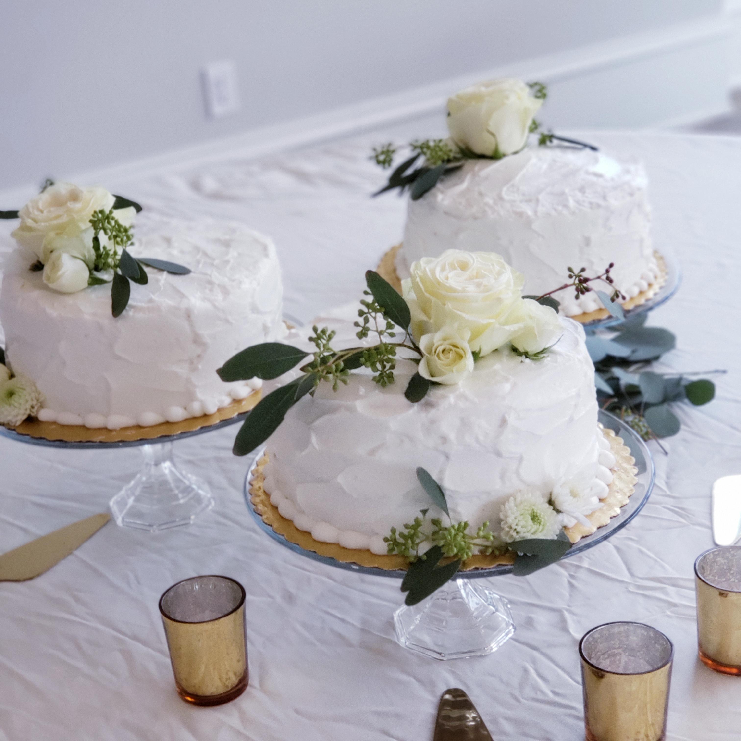 reception table cakes.jpg