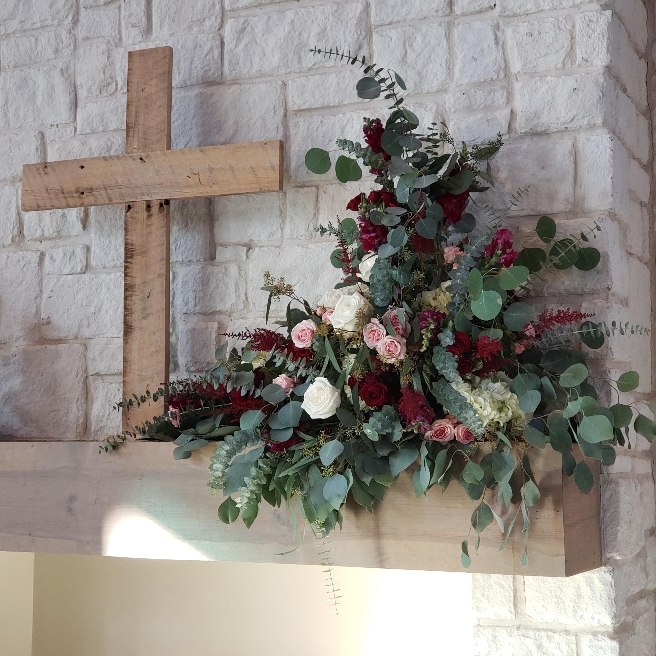 ceremony mantle arrangement.jpg