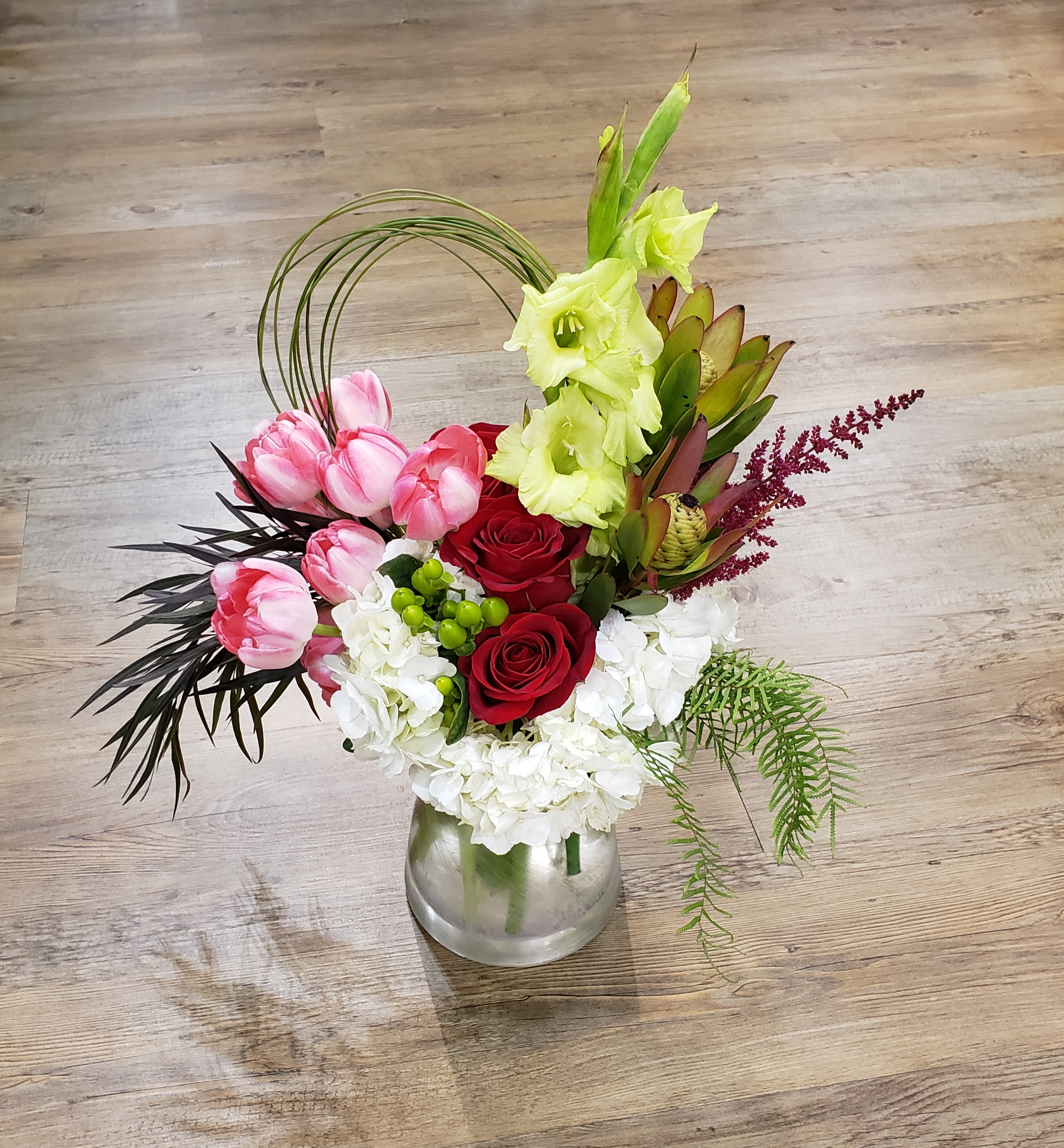 rose and tulip arrangement.jpg