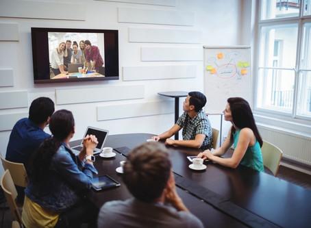 Como reduzir custos operacionais com conferências online?