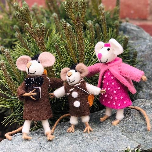 Handmade Decorative Felt Mice Family