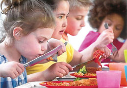 Kids Eating2.JPG