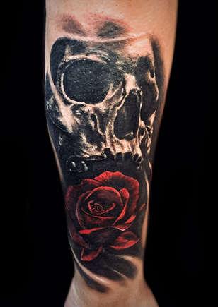 las-vegas-tattoo-artists-near-me-strip-henderson-planet-hollywood-miracle-mile-shops.jpg