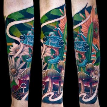 nature-tattoos-las-vegas-tattoo-shops-near-me-strip-frogs-mushrooms-flowers-floral.jpg