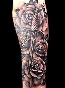 rose-tattoos-best-flower-artists-las-veg