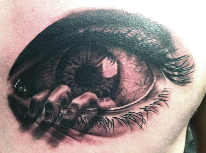 eyeball-tattoo-best-tattoos-shops-artists-las-vegas-henderson-joe-riley-inner-visions.jpg