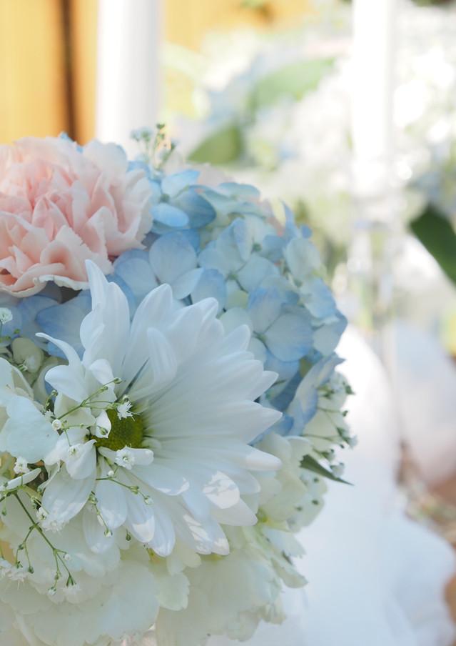 Blue and Blush wedding flowers