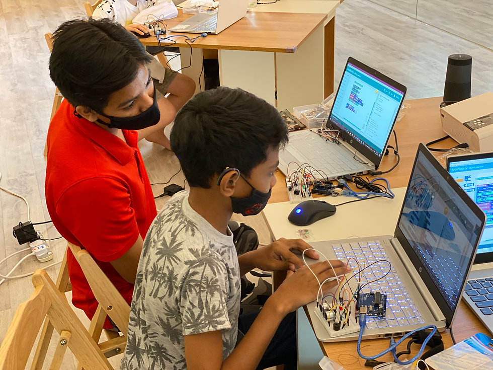 Intro to Arduino Fazly and Rudy.JPG