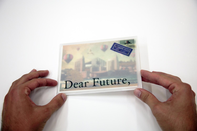Dear-Future_20131002_002
