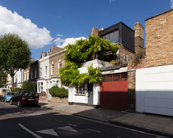 Pano_8577_8579-Edit - 040917_A+Architecture_Oldfield_Road_PLP - Small