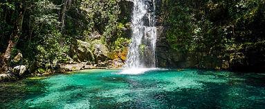 chapada-veadeiros-cachoeira-santa-barbar