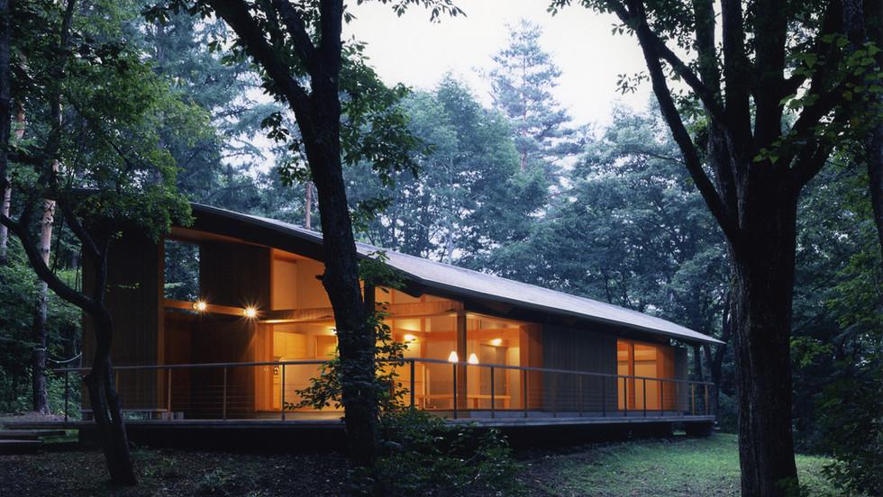 軽 井 沢 の 家