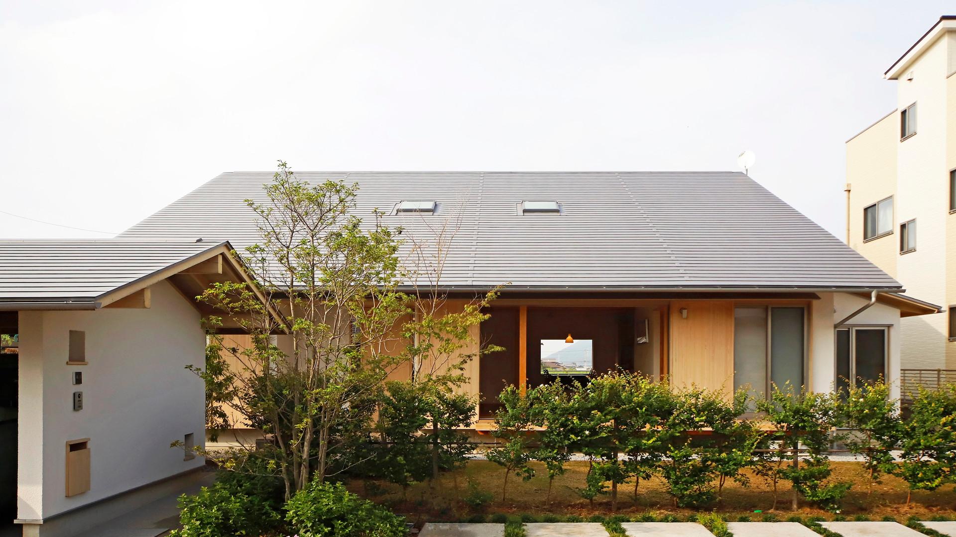 高 松 の 家