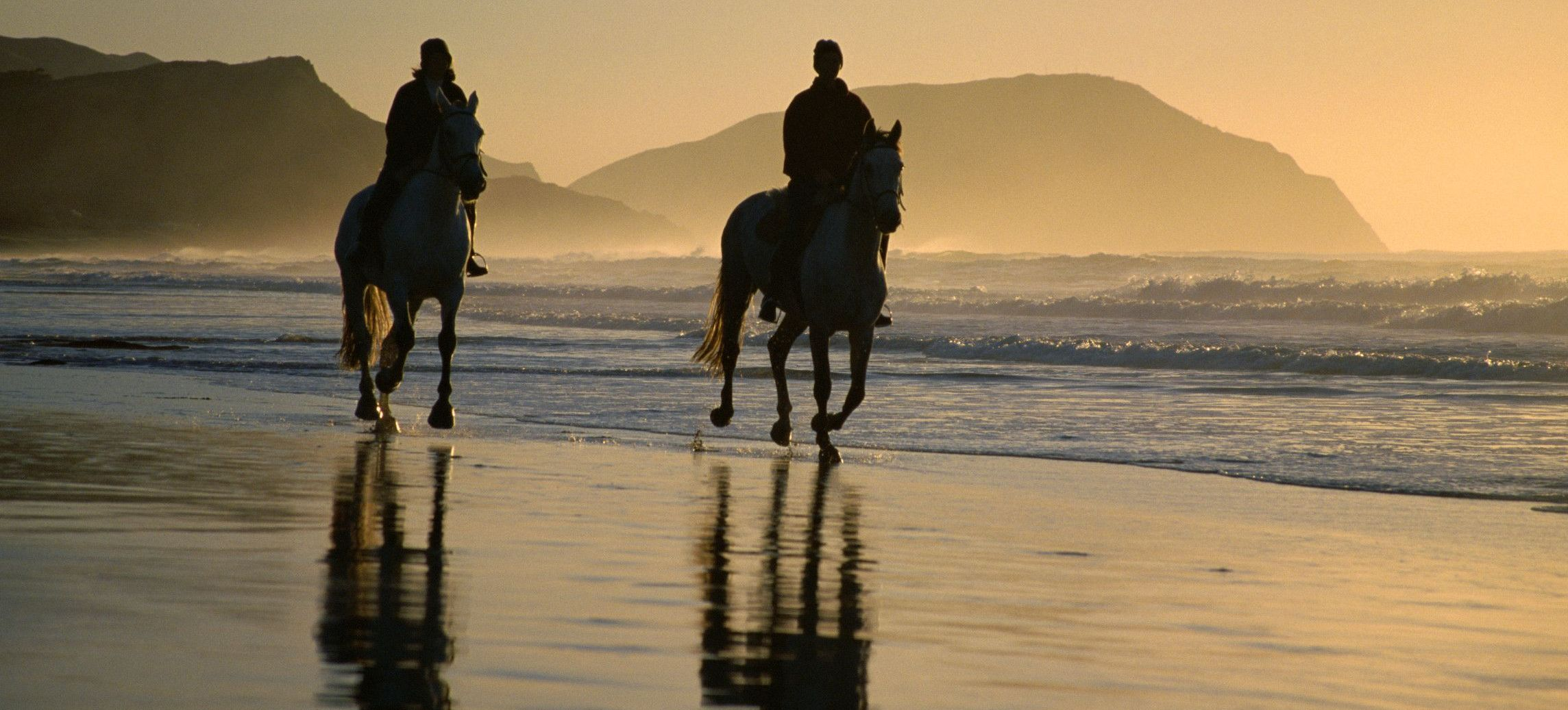 Horse-Riding-At-Noordhoek-Beach