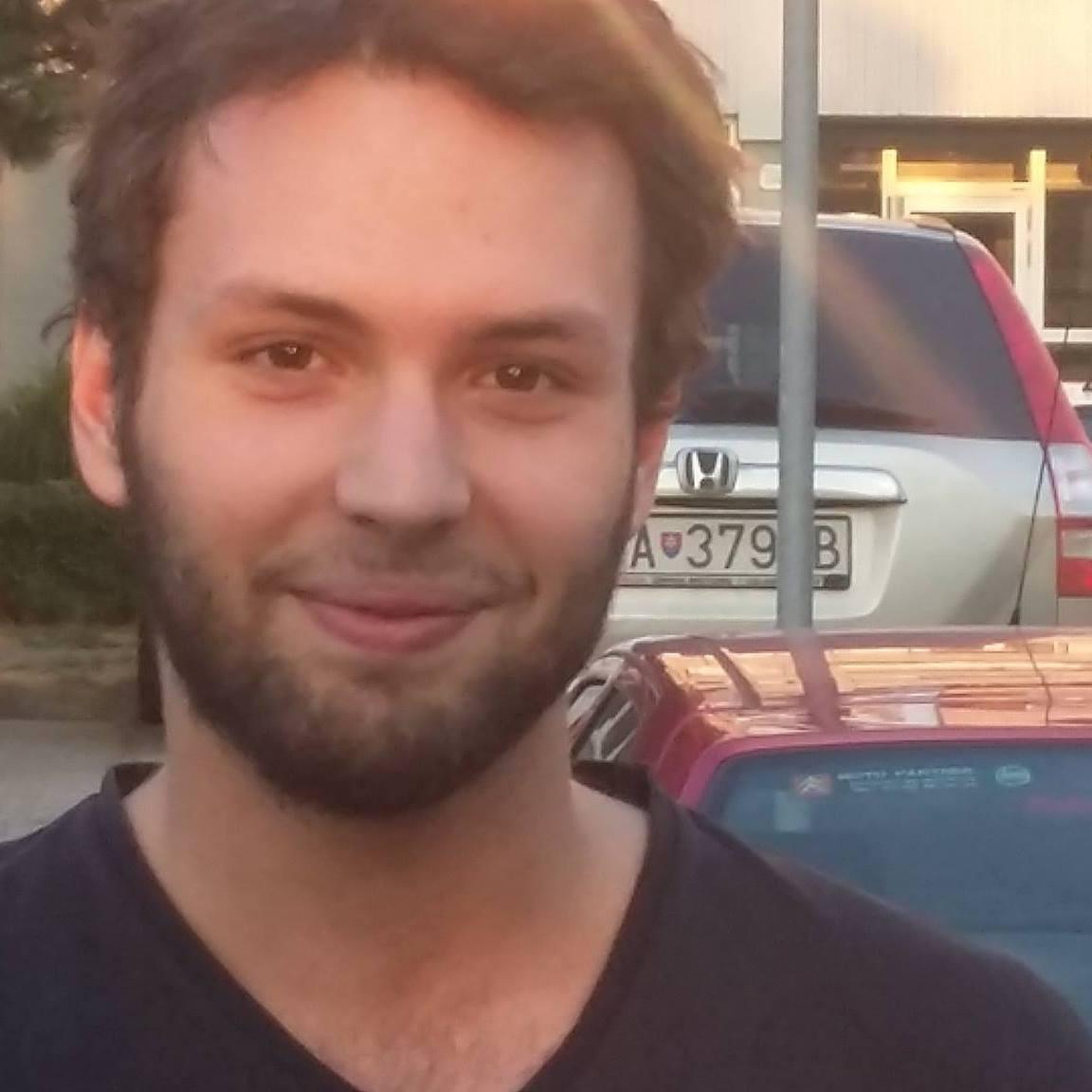 Adam 2015-2016