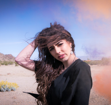 NEXTonSCENE 'WARRIOR' Singer/Songwriter, Izzy Escobar!