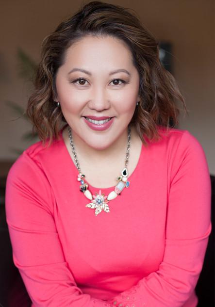 NEXTonSCENE Social Growth & Customer Experience Expert, Elizabeth Yang