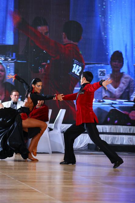 NEXTonSCENE Kia Kenney Professional Ballroom Dancer & Owner of Arthur Murray Cambridge!