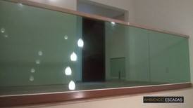 Parapeito de vidro verde