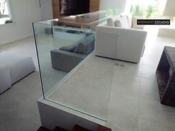 Guarda corpo de vidro laminado