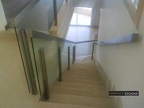 Guarda corpo inox e vidro escada