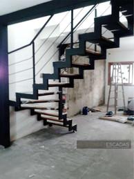 Escada de ferro cascata