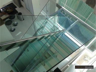 Escada aço inox e vidro