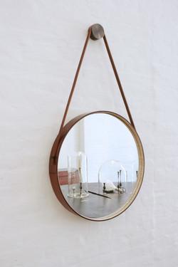 Зеркало в санузле