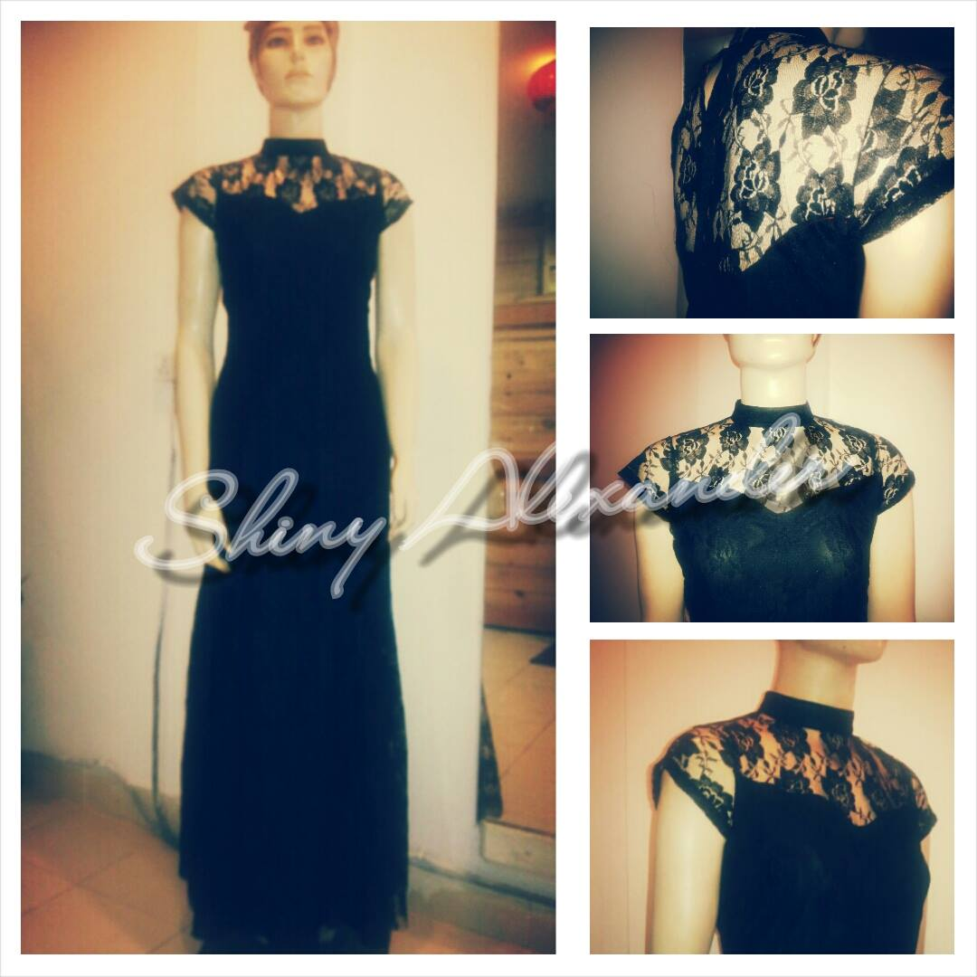 70_Vintage black lace gown