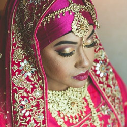 😍 #MakeupByDivineBeauty #EnhancingYourNaturalBeauty #Makeup #HudaBeauty #DressYourFace #LookAMillio