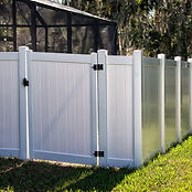 Solid%20Privacy%20Vinyl%20Fence%20With%2