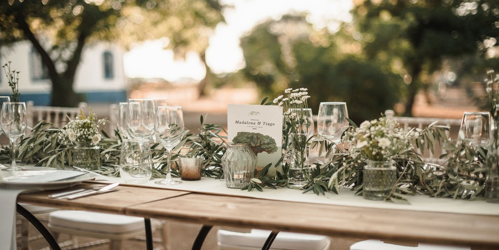Table layout detail with branches of oliveleafs