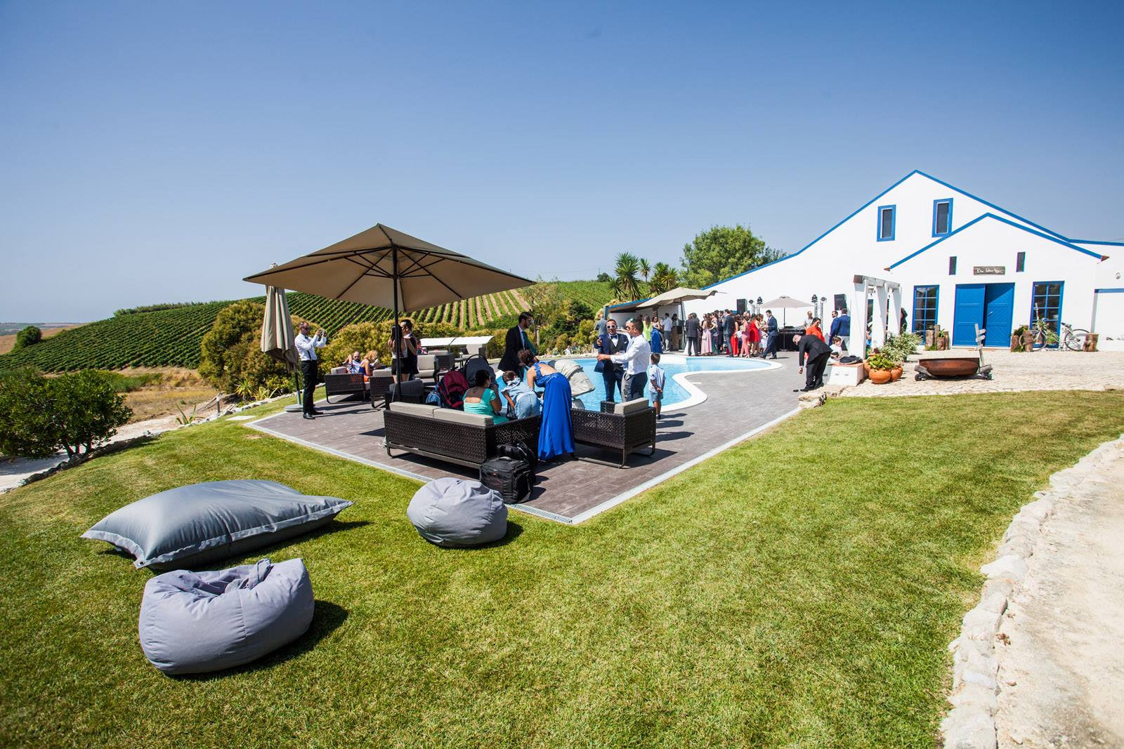 Traditional Portuguese venue with view to vineyards