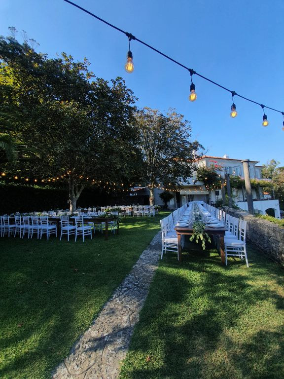 Ceremony setting in the garden in Portugal