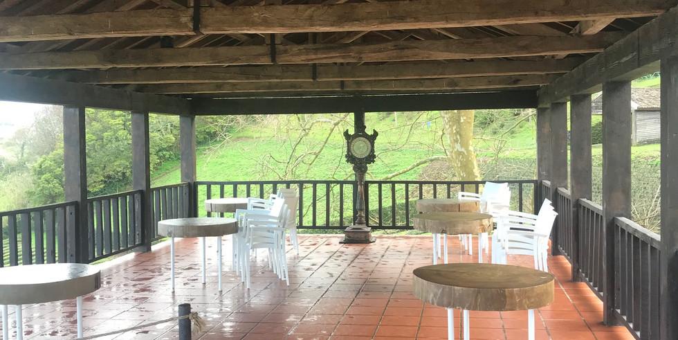 Semi outdoor dining area