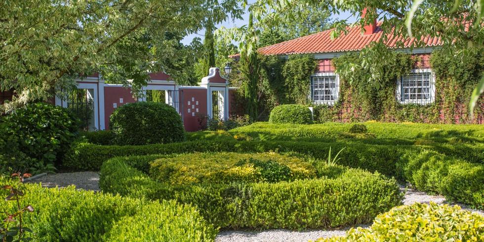 Well manicured Portuguese garden of private villa venue