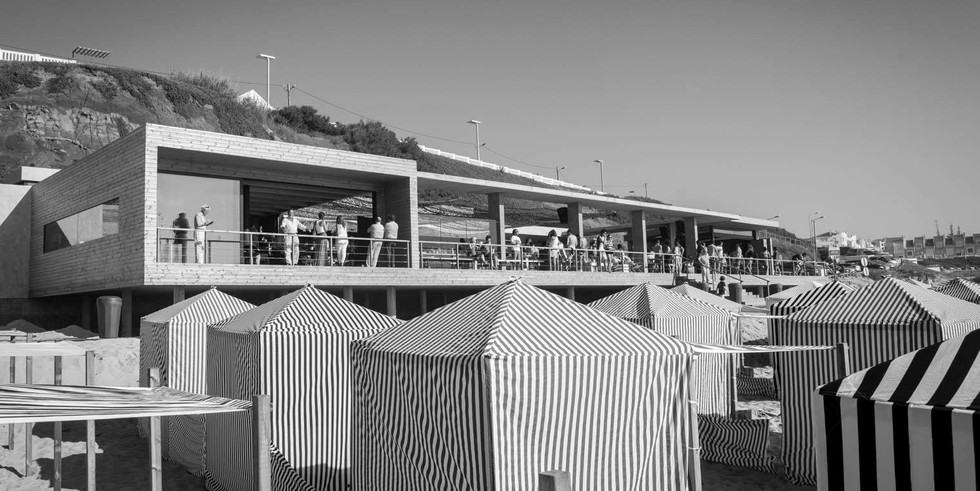 Black and white picture of modern beach venue in Portugal