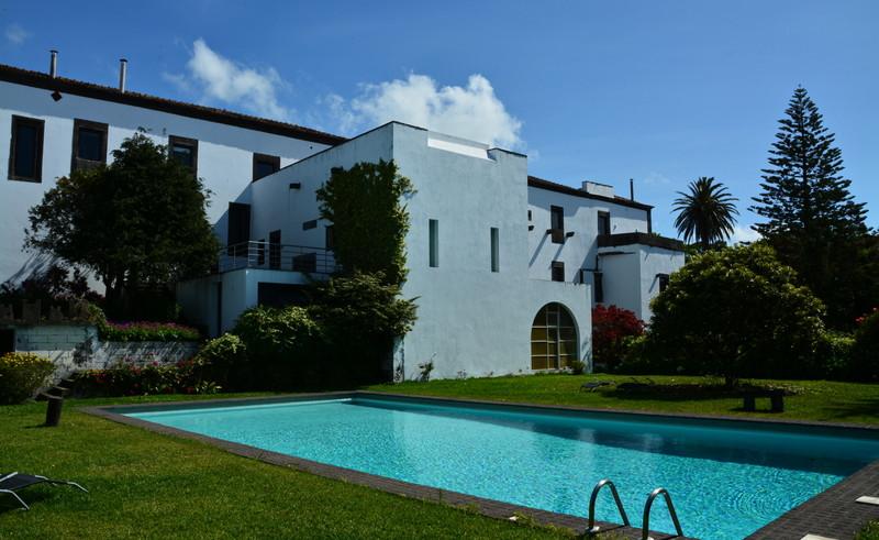 Swimming pool in garden Convento São Francisco Azores