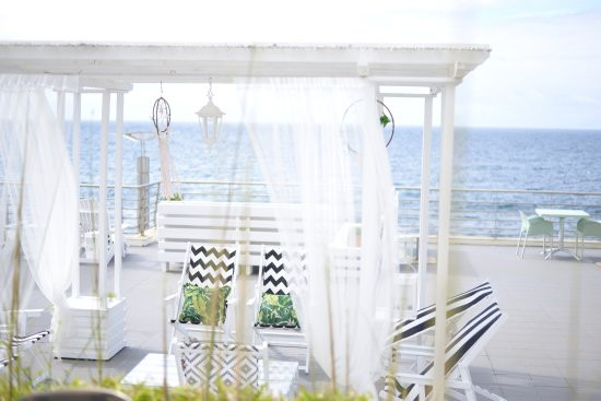 Ceremony structure with ocean view in the Azores