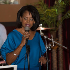 Ann singing in Los Angeles